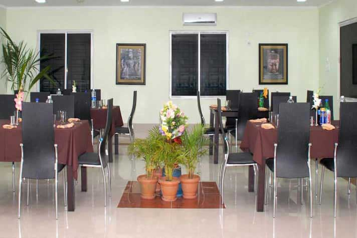 restaurant at Tosali Ratnagiri